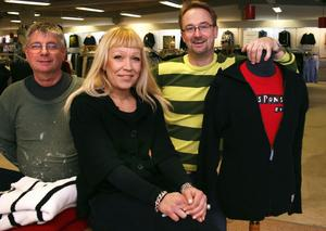 Per Olov Olsson, Linda Äng och Pierre Falk ökar butiksytorna i Harmånger.