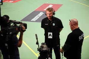 Dick Tollbring ändrar på Rimbos försvarsspel till matchen mot Sävehof.
