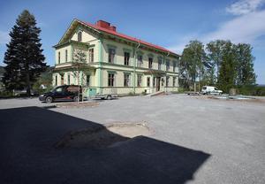 I går återtog kommunen driften på Stenegård i Järvsö. Budgeten för resterande sju månader av året ligger på 800000 kronor.