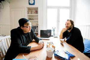 Sören Olsson och Anders Jacobsson, författare till bland annat böckerna om Bert. Båda författarna har uttalat sig under debatten efter att två Bert-avsnitt plockades bort ur SVT:s Öppet arkiv.