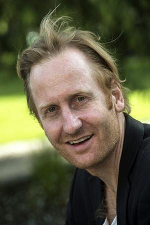 Gustaf Hammarsten ger röst åt Alfons pappa i den nya långfilmen.