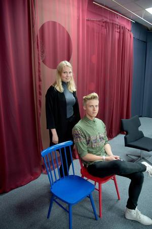 Maja Bergström, 20 år, från Nälden och Samuel Persson, 19 år, från Kluk får rösta för första gången i allmänna val. För dem är det en självklarhet att rösta – så resonerade bara hälften av förstagångsväljarna i Krokoms kommun 2010.