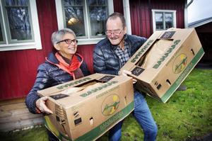 Titti och Janne Krantz har börjat ladda med banankartonger inför flytten.