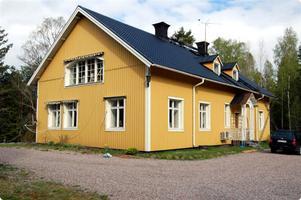 villan ingen vågar köpa. Villan mellan Hedesunda och Rörberg har genom åren varit mycket svårsåld. I fyra år har den varit ute till försäljning.