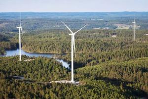 Töftedalsfjällets vindkraftpark, en av Rabbalshedes projekt. Där har bolaget tio vindkraftverk i närheten av Dals-Ed.