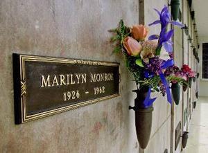 Monroe är omsvärmad även på andra sidan.Foto: Reed saxon