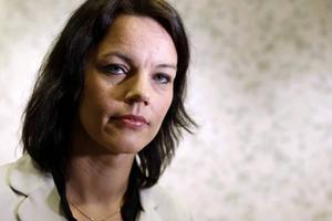 Jämställdhetsminister Veronica Palm (S)   Tidigare omnämnd som bostadsminister men har för mycket karisma för det jobbet.