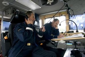 Sökandet efter den saknade kanotisten leddes av Björn Lundmark, kustbevakningen, som var dagens OSC, On scene commander. Bredvid honom sitter kollegan Bernt Östlin.