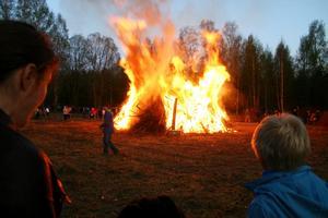 Under Valborgsmässoafton kommer en hel del eldar att tändas bland annat i Krylbo, Fors, Näs, Holmen och Brovallen.