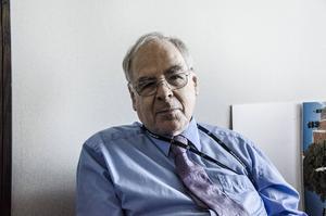 György Schöpflin var professor i statsvetenskap med Östeuropa som specialitet på University College of London innan han blev EU-parlamentariker för ungerska regeringspartiet Fidesz.