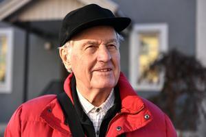 Lennart Wärmell firar 90 år nu på lördag. Han kan blicka tillbaka på ett långt liv i musikens tjänst men han blickar också framåt.