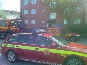 Stor insats. Brandkåren kom snabbt till platsen och kunde konstatera att det rörde sig om en torrkokning och inte en omfattande brand.