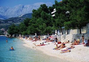 Makarska rivieran i södra Kroatien utökas med fler orter, i år lilla orten Drvenik.  Foto: Apollo