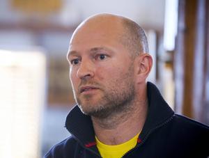 Ulf Rönnewald, ordförande i Strömsbro, menar att fem procent av det som sagts stämmer.