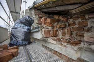 Omkring 150 stenar kan komma att bytas i renoveringen.