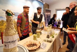 Mikrobryggarna Tommy Åström och Kristofer Hallberg från Steampunk Brewing, bjöd på ett lättöl från Härjedalen som verkligen smakade öl. Två sorter hade de med sig till mässan.