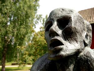 Konstverket Profeten av Ernst Niezvestny från 1962 är en av de fem bronsskulpturer som stals från Galleri Astley i julas.