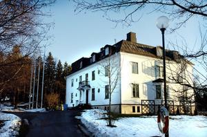 Bäst. Hotelleleverna i Sandviken har kallat sin träningsanläggning i Högbo för Sveriges bästa skolmiljö. Men nu upphör samarbetet mellan Bessemerskolan och Högbo Bruk AB