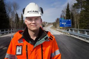 Peabs platschef Lars Pettersson konstaterat att arbetet flutit på bra under avstängningen.
