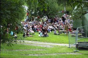 Publik. Många kom för att se småstjärnorna göra upp titeln - årets småstjärna i Hedemora. Foto:Berndt Norberg