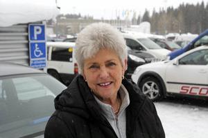 Maj Jonasson, Östersund:– Nej, jag tycker att det blir för dyrt för kommunen, med att bygga nya rondeller och en ny förskola. De lägger ju ut mer än vad de får tillbaka.
