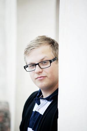 Daniel Jernström, vaktmästare vid Stora Tuna kyrka, berättar att varken han eller kyrkans övriga personal vet mycket om huthålet.