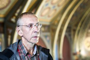 Kurt Bengtsson köpte Tennstopet år 2000, som sedan några år tillbaka drivs av hans dotter. När den gamla katolska kyrkan blev till salu förra året slog Kurt till och köpte den.