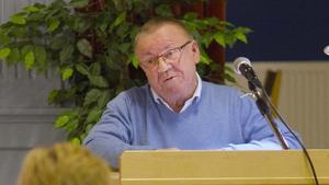 Martti Hopponen (SD) har bara missat ett sammanträde eftersom att han var sjuk.  Hans parti har lägst genomsnittlig närvaro i Avesta.