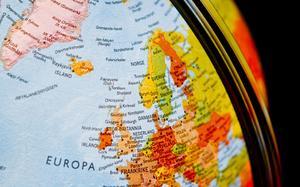 När ekonomin blir mer global måste politiken hänga med, skriver Olle Ludvigsson, ledamot i Europaparlamentet (S).
