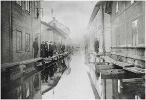 Längs Nybrogatan mot ån från Engelbrektsgatan.