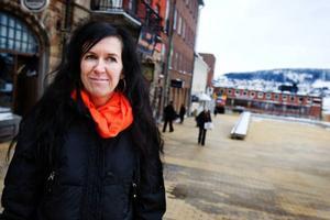Liselotte Froms ljussatta skulpturer går att skåda här och var i Östersund under vinterfestivalen.