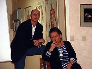 - Jag ger mig inte. Rektor Calle Carlsson tillsammans med Kjerstin Lundblad musikal och teaterlärare som byggt upp linjen och lovar att slåss vidare. Foto: ULF GRANSTRÖM