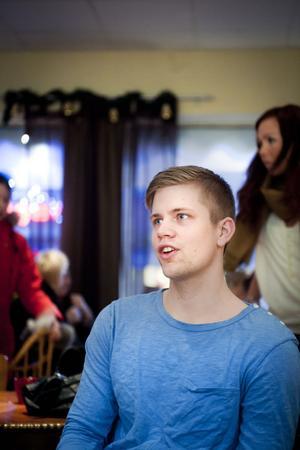 David Meiton tror inte att önskan att uppleva något annat är unik för ungdomarna i Västerbergslagen.