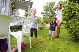 Att röra på sig hemma i trädgården ger värdefull tid tillsammans för familjen