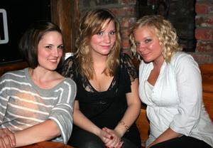 Konrad. Ninna, Lina och Eve