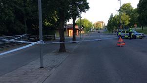 Platsen där den unge mannen höggs till döds.