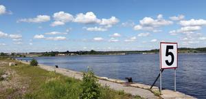 I Nyhamn får båtar gå i max fem knop.