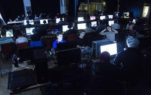 Ett åttiotal ungdomar kom till årets första lan Gameground på Verkstäderna.