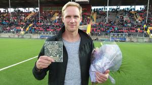 Daniel Richardsson med priset som Östersunds vintersportprofil. Ett pris tidigare tilldelat Charlotte Kalla, Helena Ekholm samt Johan Olsson (två år).