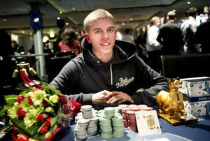 Anton Knutar vann 308 000 kronor i Nordic Light Poker på kasinot i helgen.