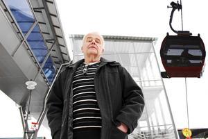 Jan Karlsson för C i Ludvika-Grangärde vill att skattebetalarna ska vara med och finansiera miljardbygget av en linbana mellan centrum och Lyviksberget.