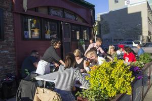I Williamsburg är barerna och restaurangerna snygga, trendiga - och har fantastiskt god mat.