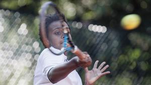 Simon är född i Sverige, men intresset för tennis startade i Etiopien, som hans föräldrar kommer ifrån.