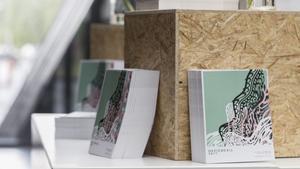 Inför uställningen fick studenterna skapa ett magasin där alla verk fanns med.