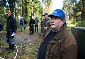 Sture Sundqvist, jaktledare i Halla jaktklubb, kan konstatera att man redan på onsdag förmiddag hade skjutit nära hälften av den tilldelade kvoten av älg.
