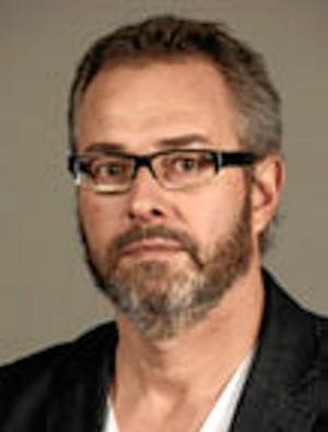 Jan Olsson är professor i statsvetenskap vid Örebro universitet.