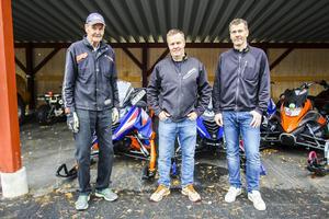 Pappa Rune Salomonsson och sönerna Per och Lars har drivit Salab i Sveg i 30 år. Firas stort på skoterns dag.