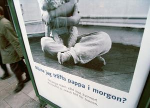 Annonskampanj om kvinnofrid.
