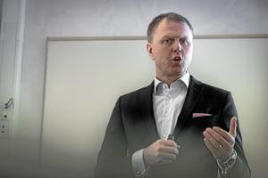 Per Lyrvall, Sverigechef för Stora Enso, förklarade läget på en presskonferens den 16 februari.