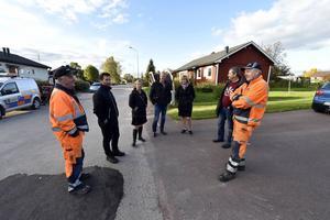 Diskussion om fiber och bredband på Båtvägen i Sanda med Stig Stais, Daniel Nylén, Malin Höglund, Peter Karlsson, Anna Hed, P-O Wallin och Per Hällberg.